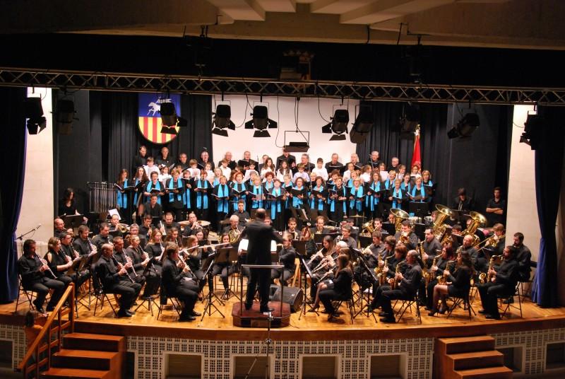 Banda y Coro de la Sociedad Musical La Paz